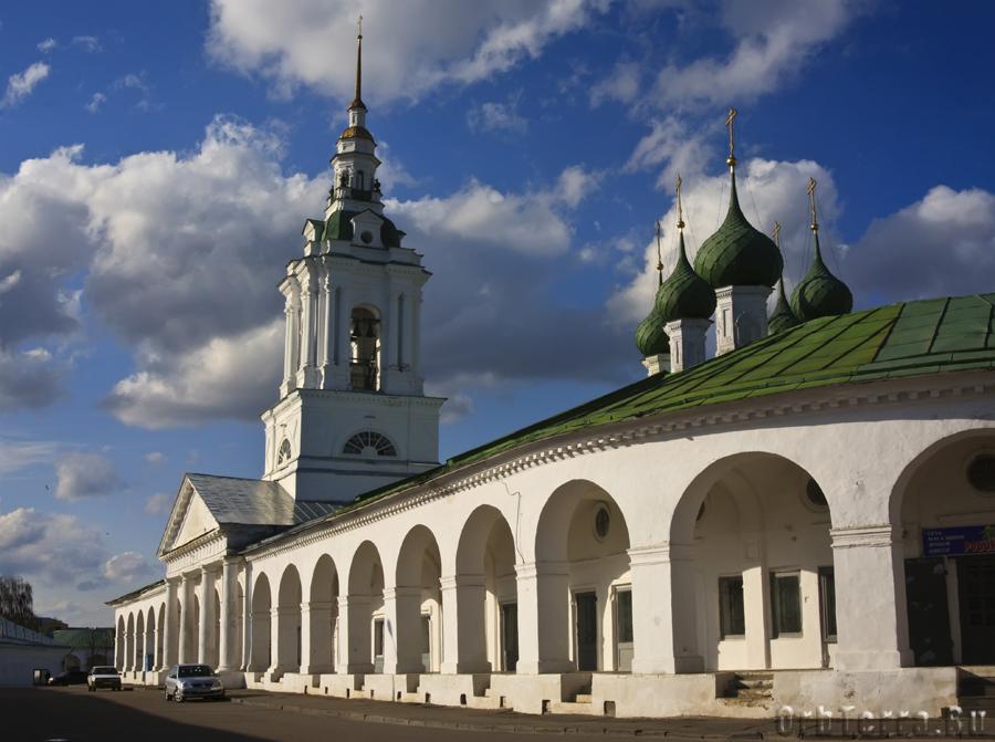Торговые ряды. Церковь Спаса 1766 г.