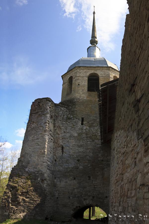 Никольская башня.
