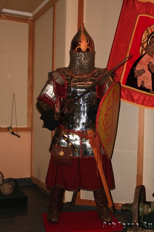 Русский воин XIV век.