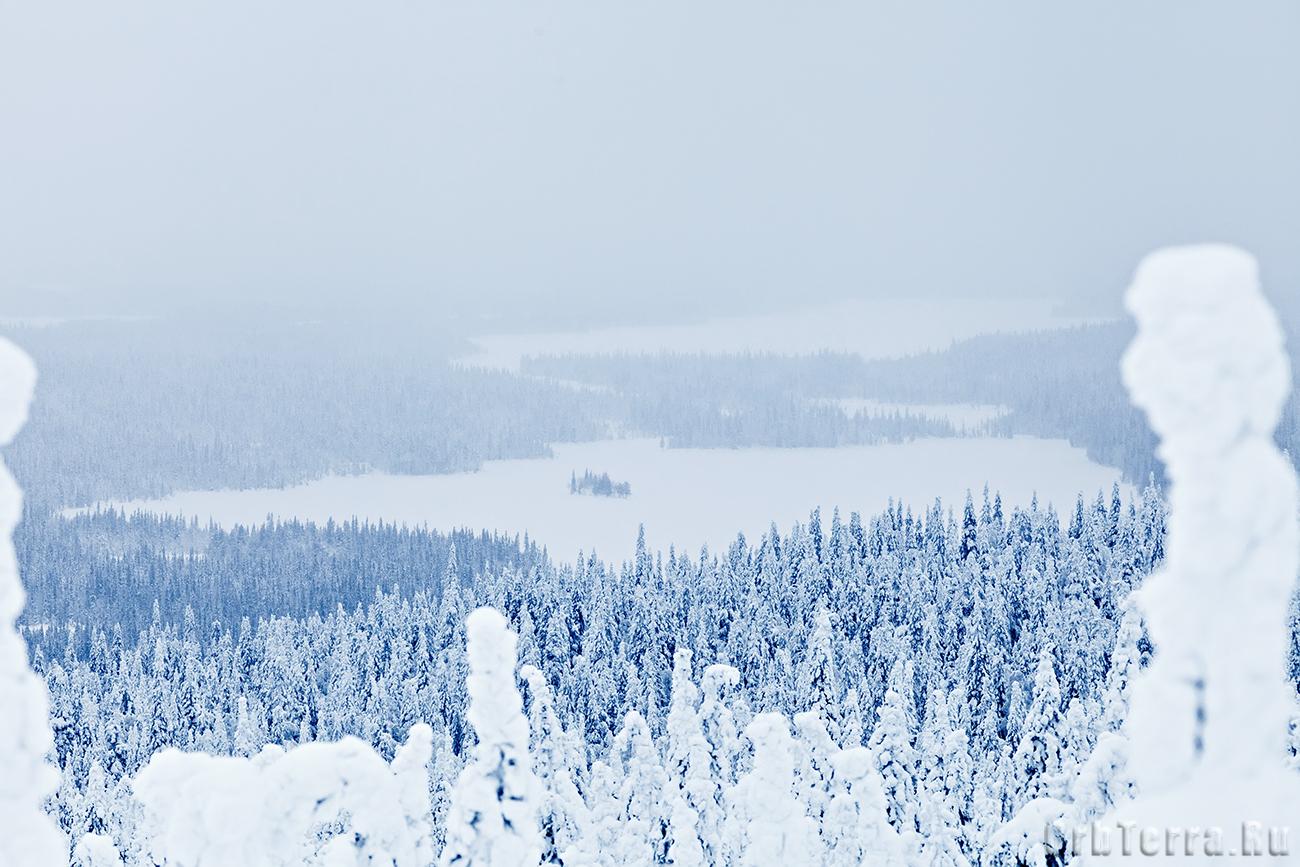 Вид с горы Нуорунен.