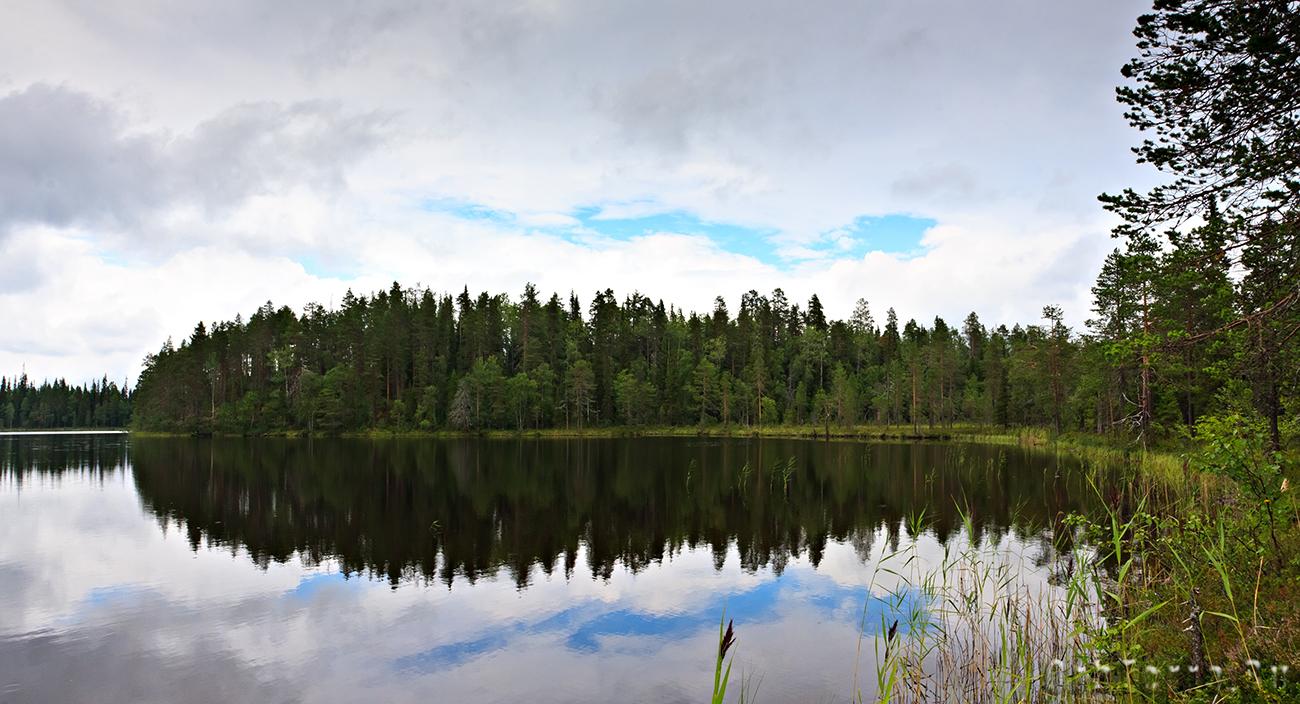 Озеро Пиени-Сикаярви.