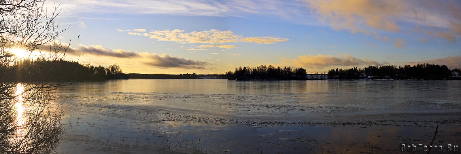 Панорама озера Курёсиярви