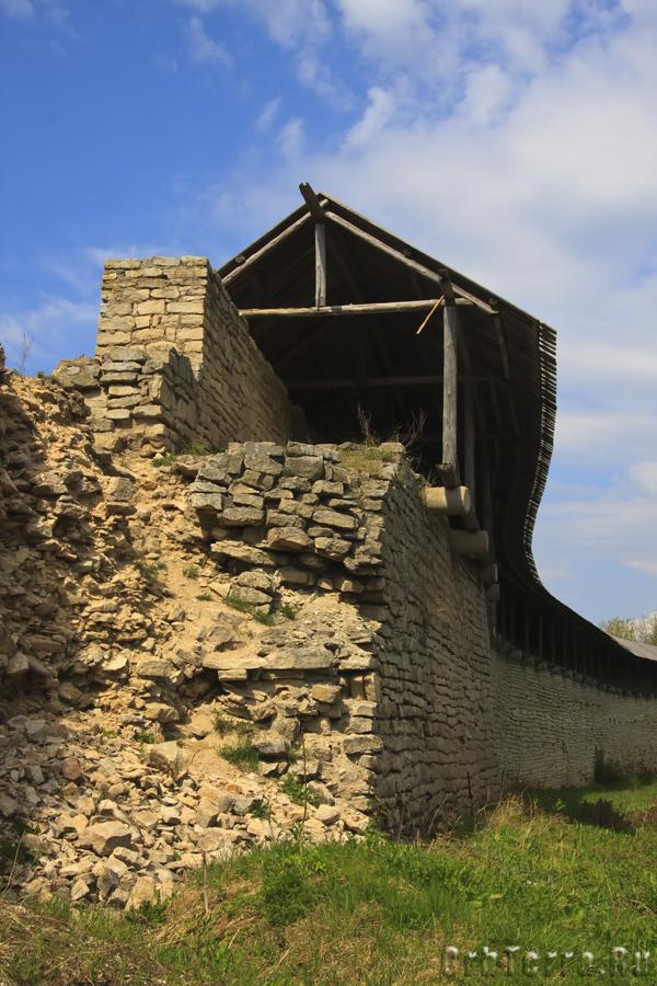 Место примыкания стены к Псковской башне (не сохранилась).
