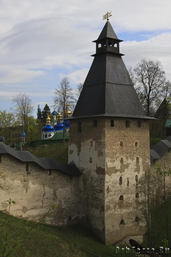 Башня Нижних решёток.