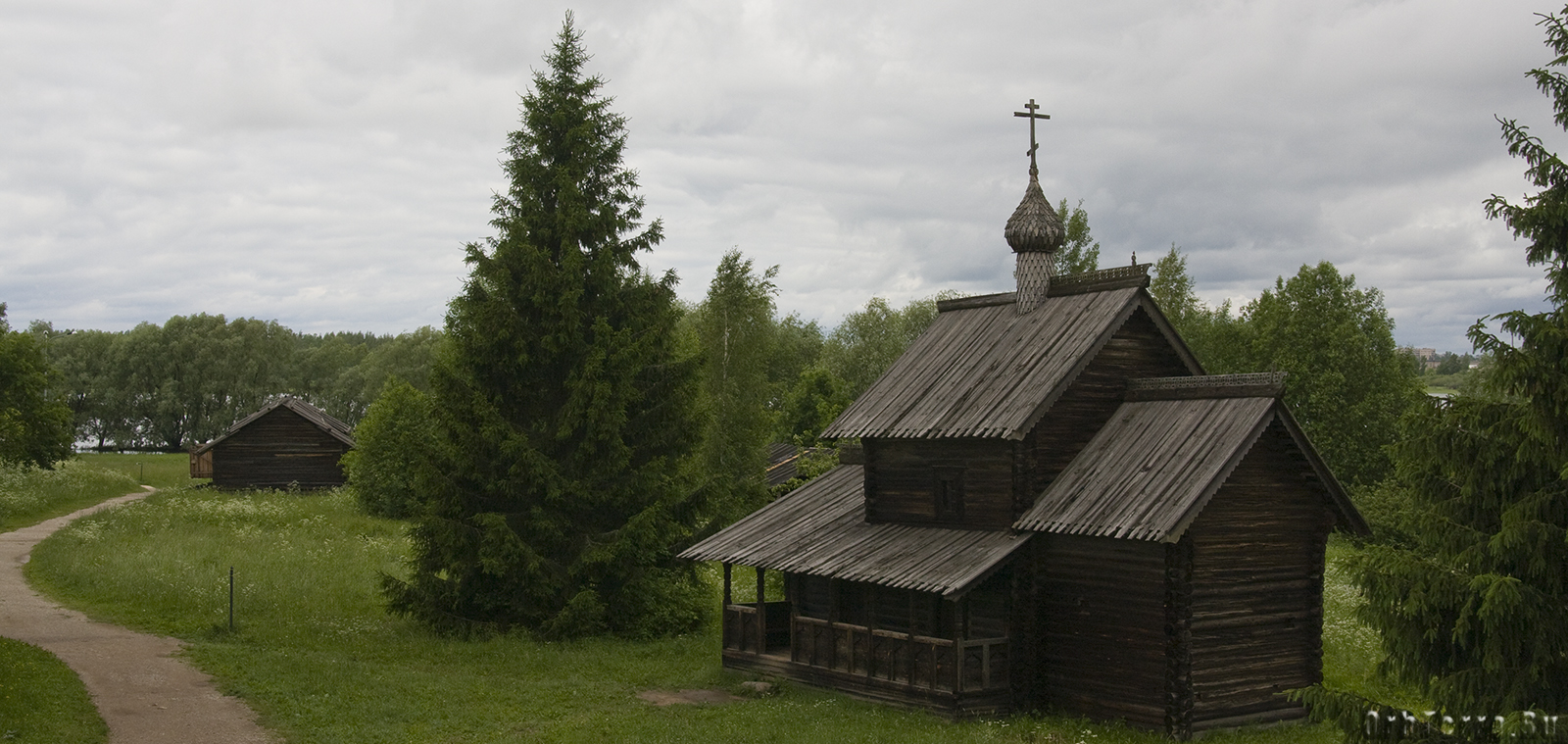 """Музей народного деревянного зодчества """"Витославлицы""""."""