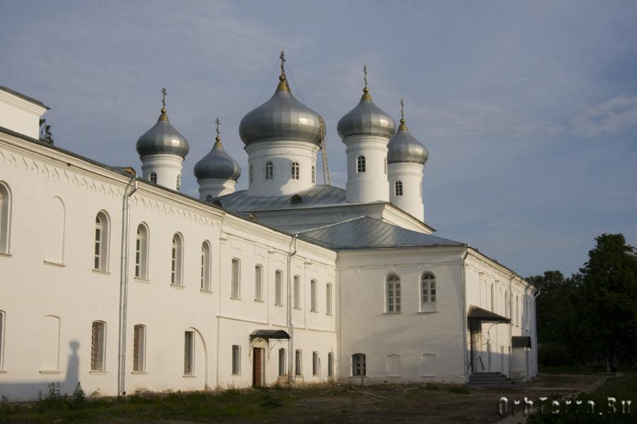 Юрьевский монастырь. Георгиевский собор.