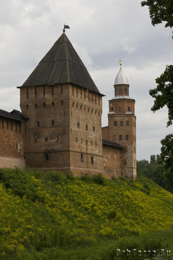 Башни Покровская (ближняя) и Кокуй.