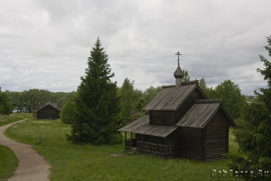 Клетская церковь Троицы (1672-1676) из Рёконьской пустыни в Любытинском районе.