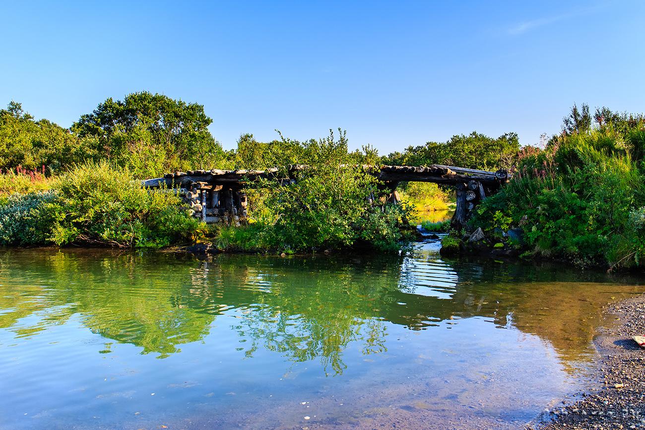 Мост через реку Выкат.