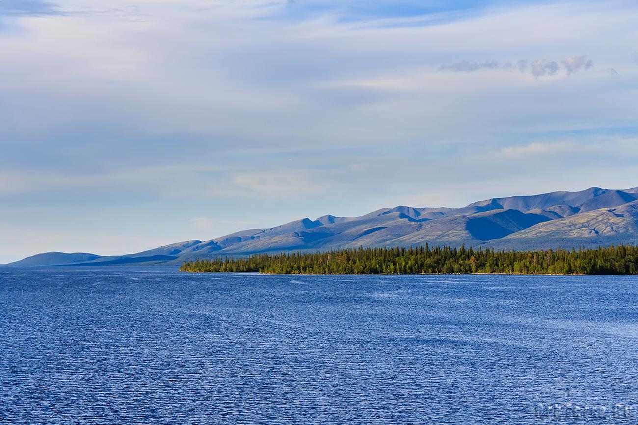Озеро большая Имандра.