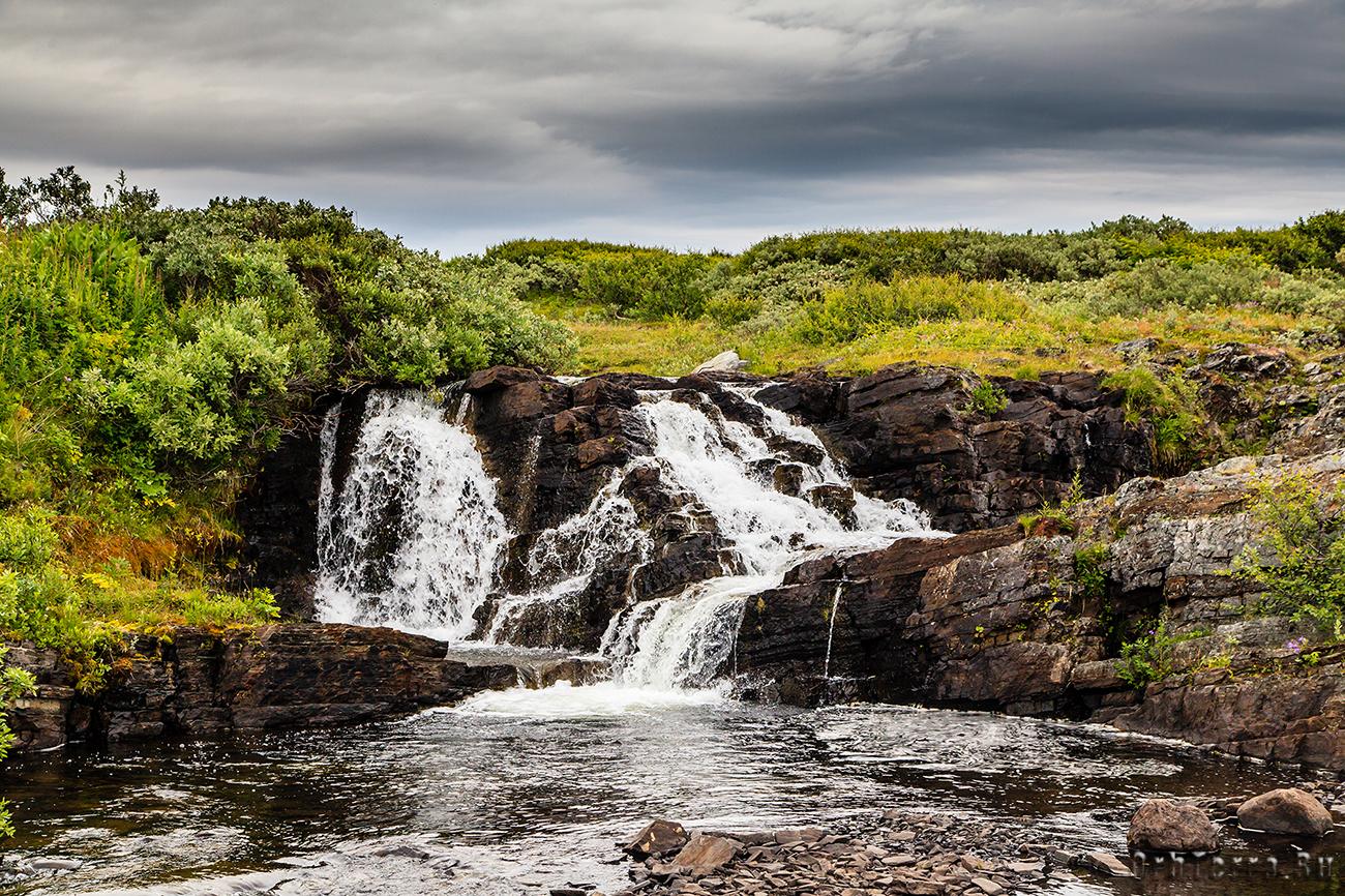 Водопад на ручье Червяной.